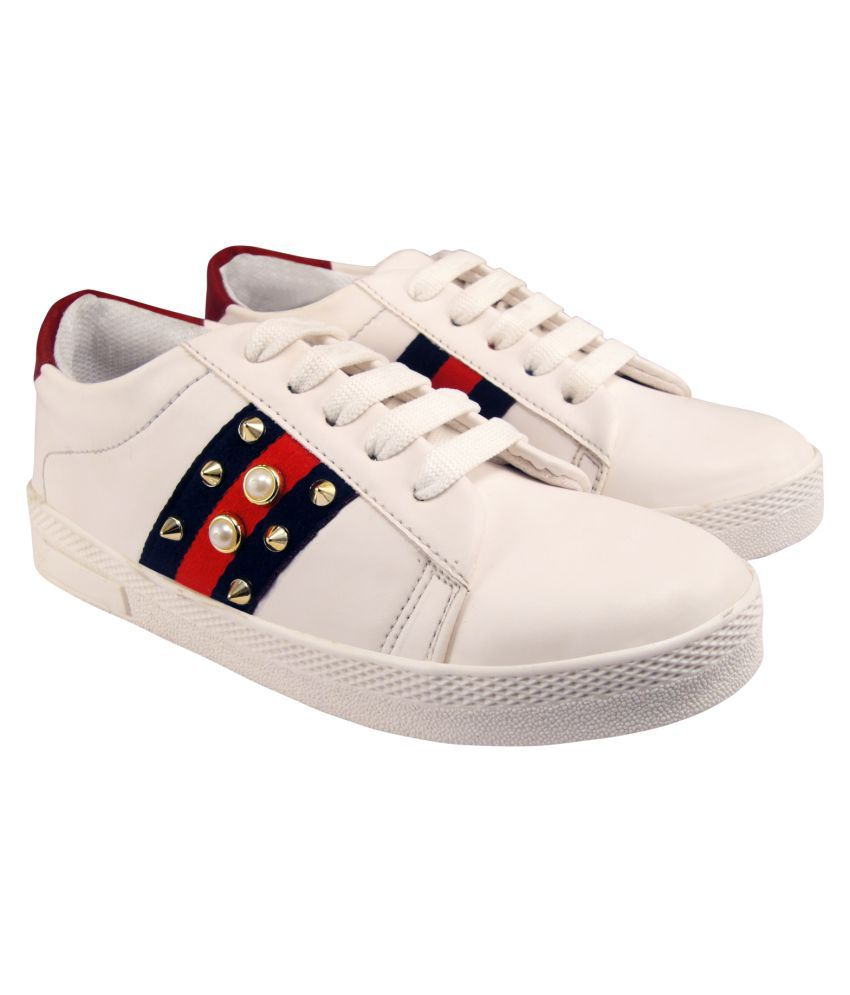 Action White Casual Shoes
