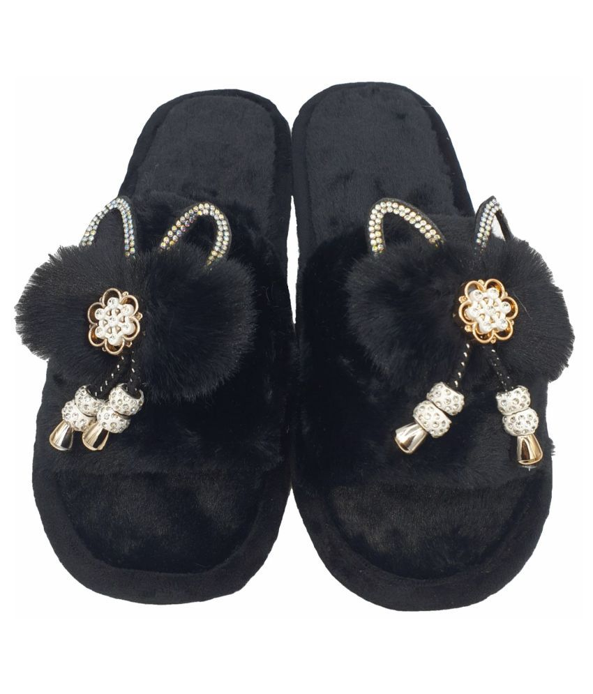 KAPANI Black Slippers
