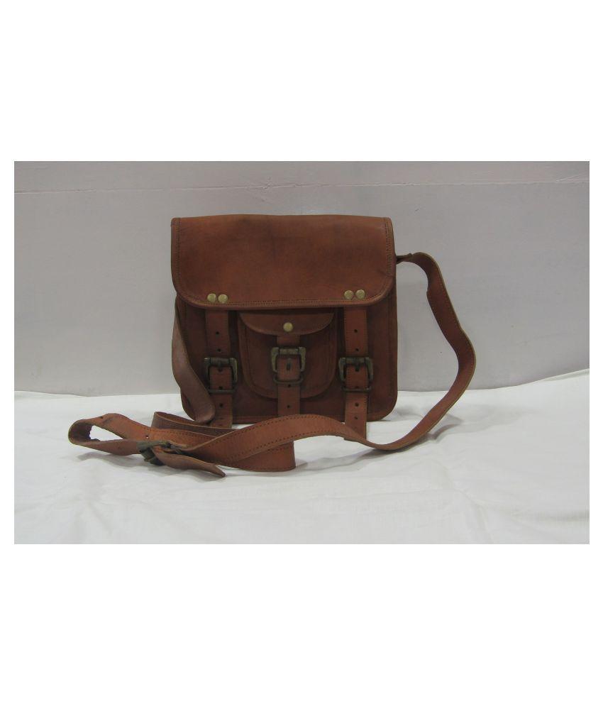 Madhu shree safa & sherwani Brown Leather Casual Messenger Bag
