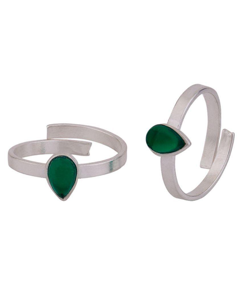 Voylla Green Gem Embellished Toe Rings