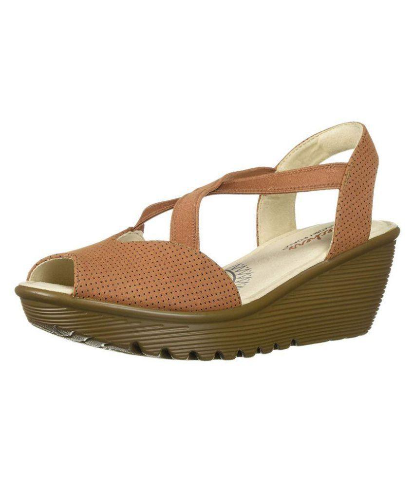 Skechers Tan Wedges Heels