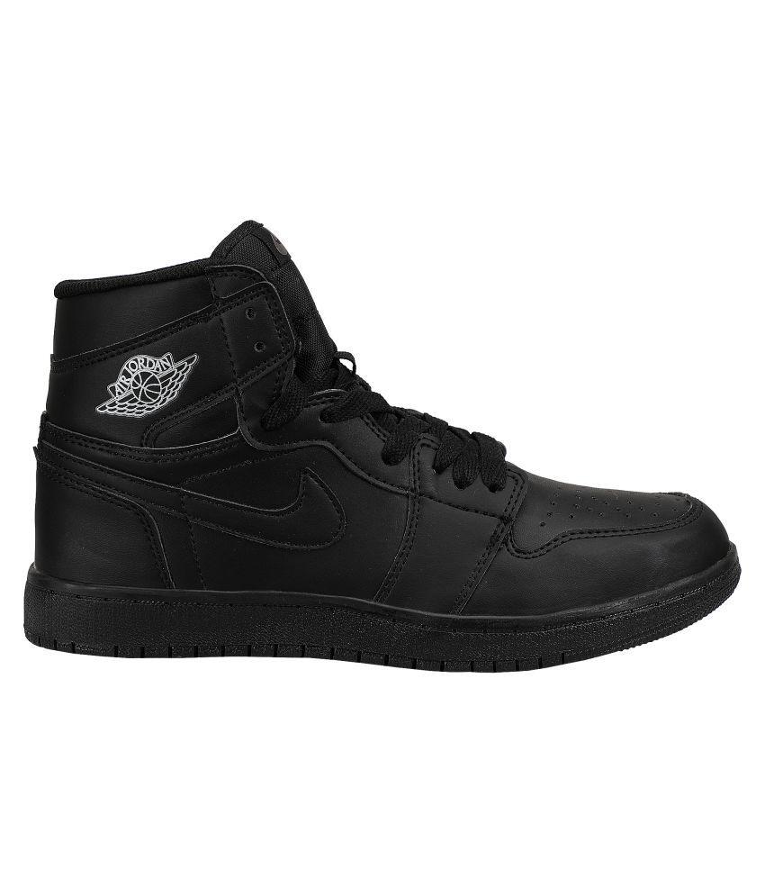 275cce61a7b Nike JORDAN RETRO 1 Black Basketball Shoes - Buy Nike JORDAN RETRO 1 ...