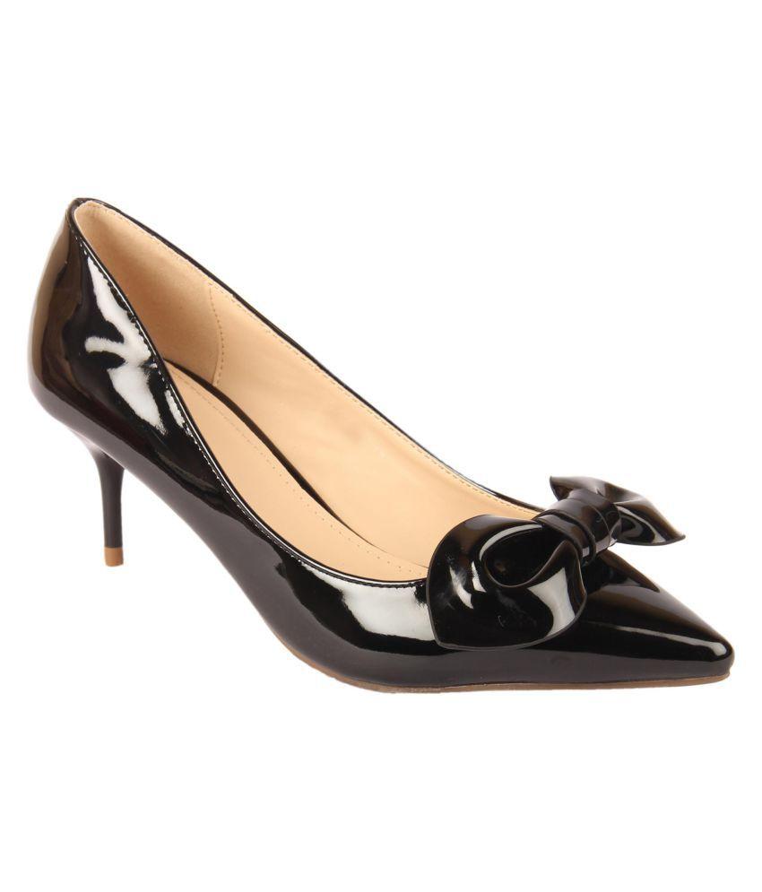 D SHOE LOUNGE Black Stiletto Heels
