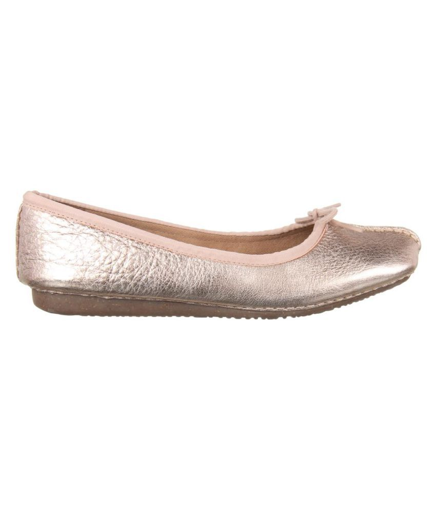 f6f691b731 Clarks Pink Ballerinas Price in India- Buy Clarks Pink Ballerinas ...