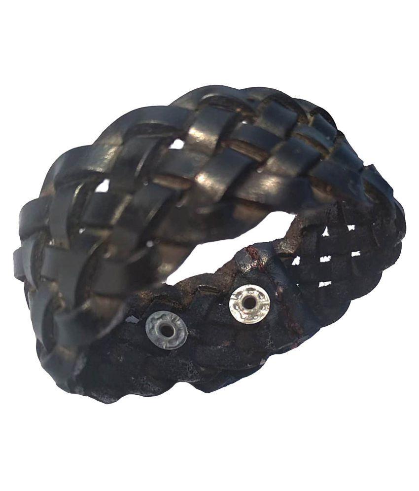 Leather bracelet for Men: leather bracelet men; Boys Black*Handcrafted; Wrist Band For Men