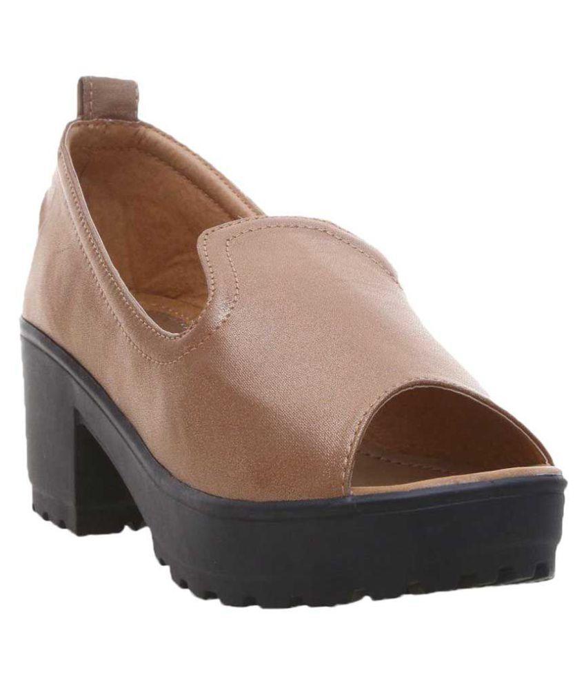 Catbird Brown Block Heels