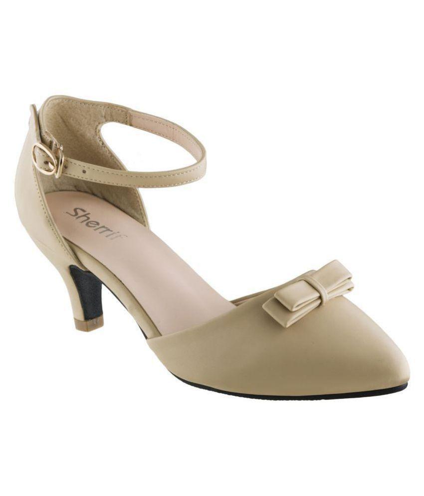 sherrif shoes Beige Kitten Heels