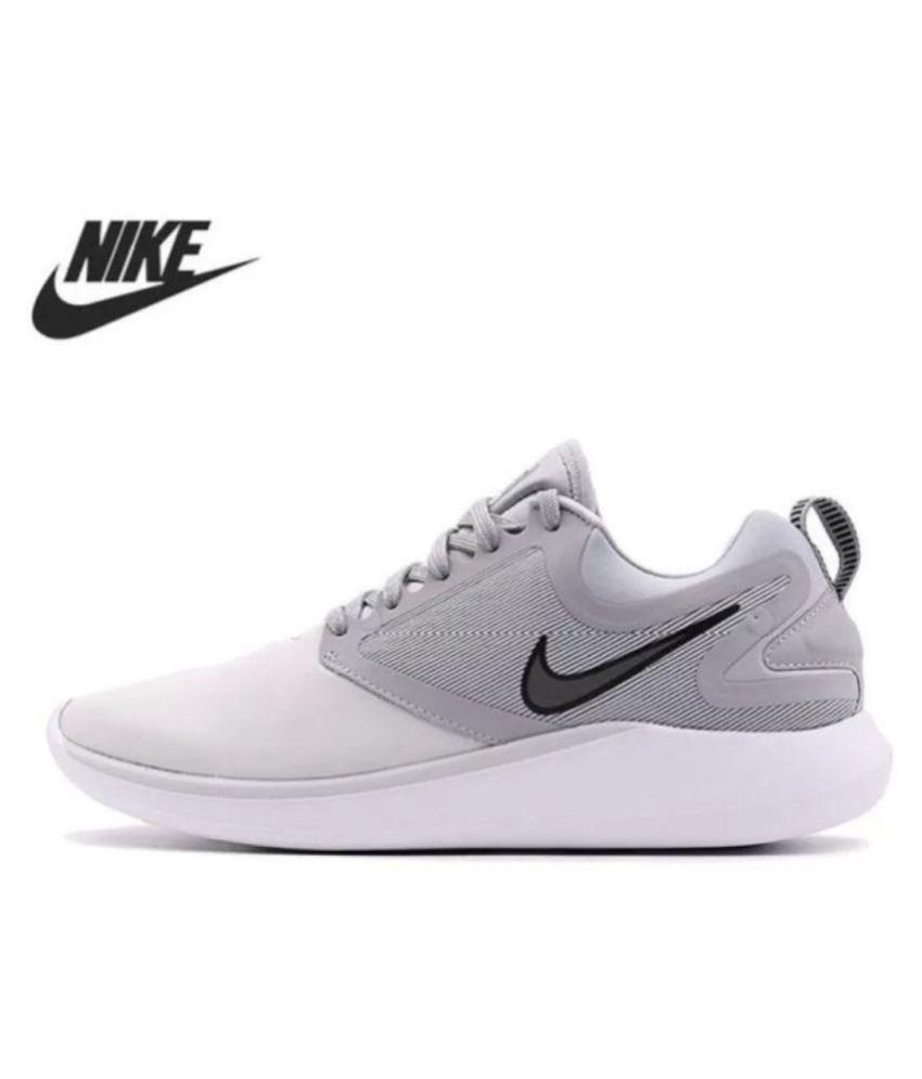 Preconcepción simbólico candidato  Nike Lunarsolo 2018 Grey Running Shoes - Buy Nike Lunarsolo 2018 Grey  Running Shoes Online at Best Prices in India on Snapdeal
