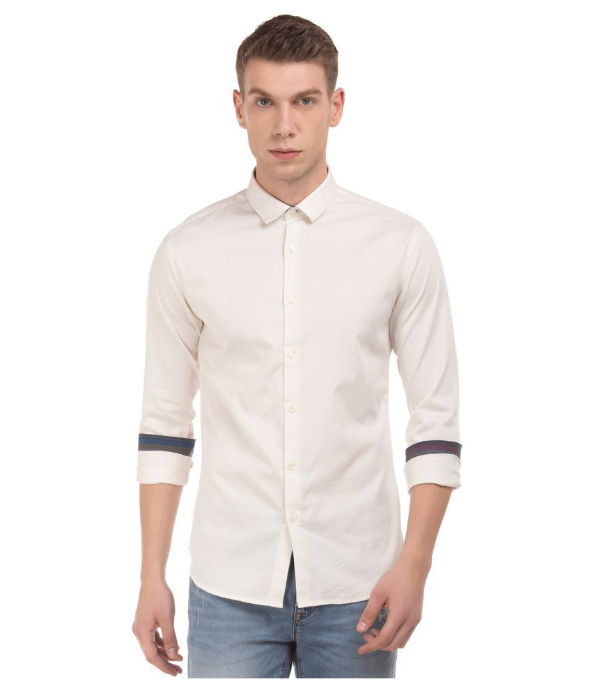 Flying Machine Cotton Blend White Solids Shirt