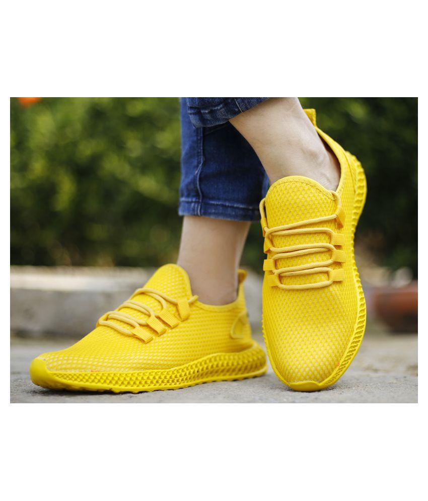 YUVRATO BAXI Yellow Running Shoes