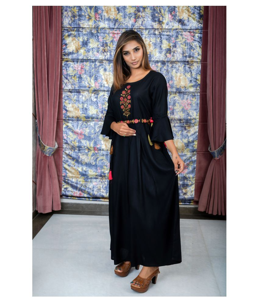 Sequin Crafts Black Rayon Pleated Kurti