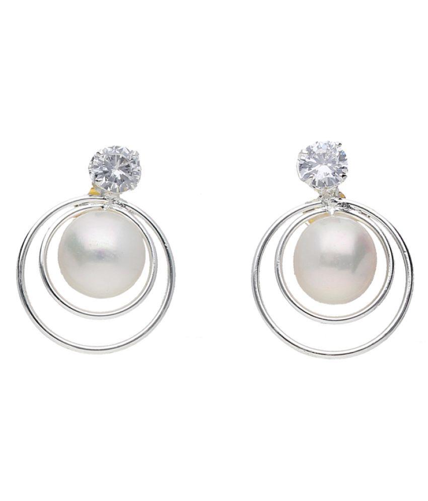 Pranavi Pearl Earrings