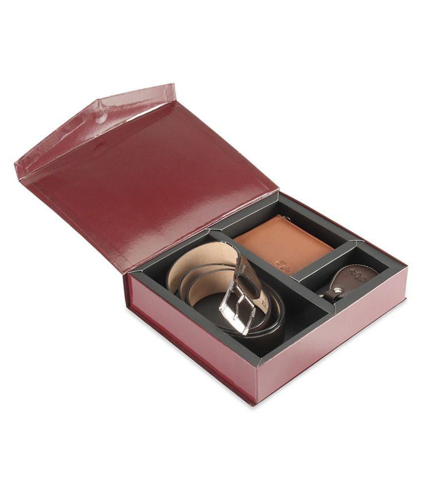 Goodwill Leather Art Belts Wallets Set