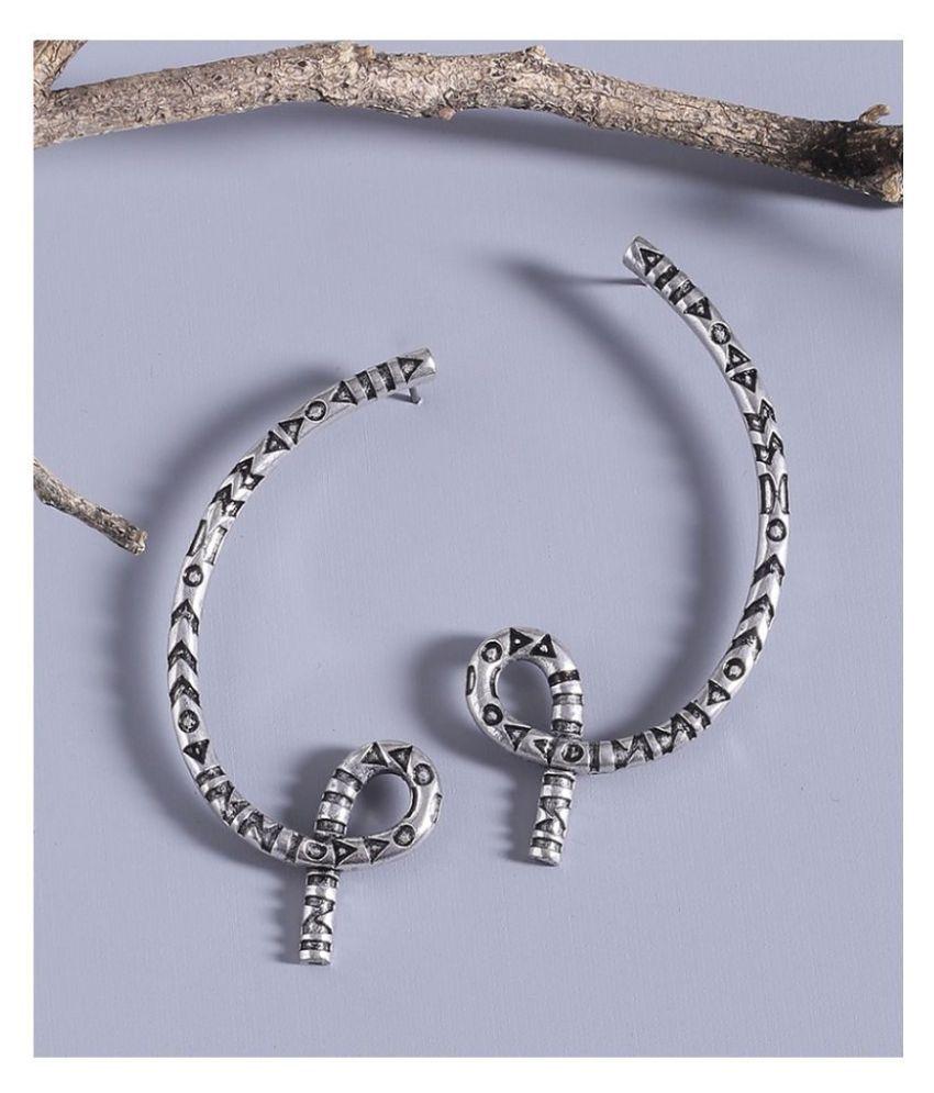 Aztec Bar Single Knot Earrings