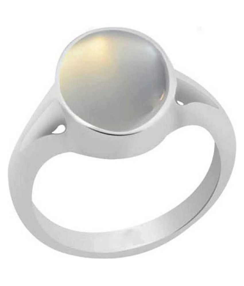 3.5 ratti Silver  MOONSTONE  Ring for unisex by  Kundli Gems\n