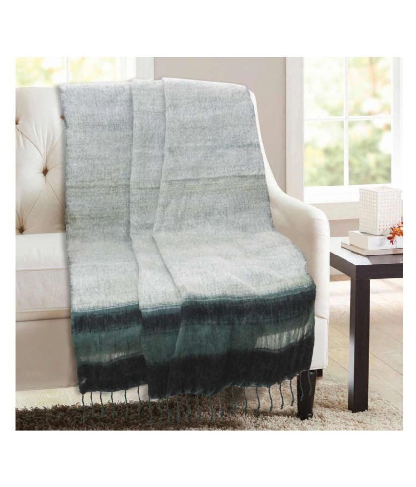 R home Single Polyacrylic Blanket